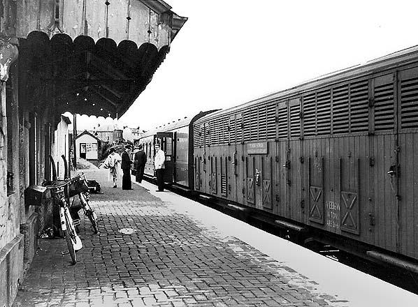 3 Cardigan Line. Kilgerran Boncath Railway Station Photo Crymmych Arms