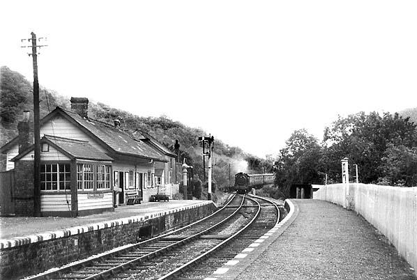 1 Carmarthen Conwil Bronwydd Arms Railway Station Photo Pencader Line.