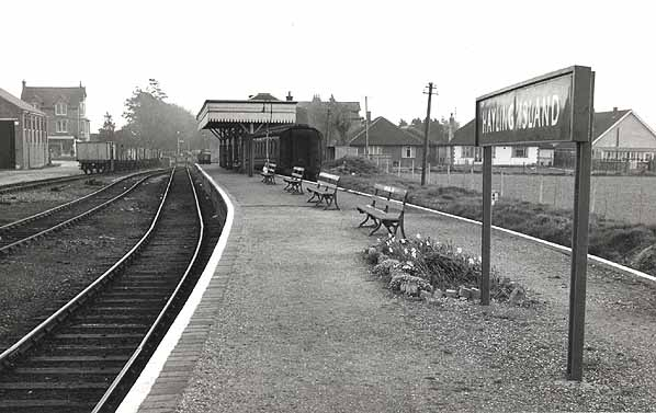 Havant Train Station To Hayling Island