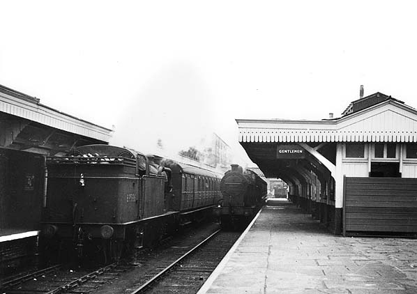4 Dunstable Town Railway Station Photo Great Northern Railway Luton Line