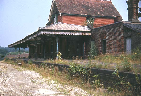 Disused Stations: Midhurst Station (LBSC)