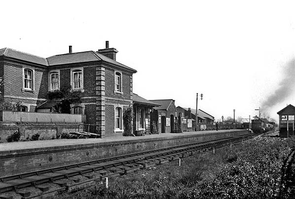 Disused Stations Rayne Station
