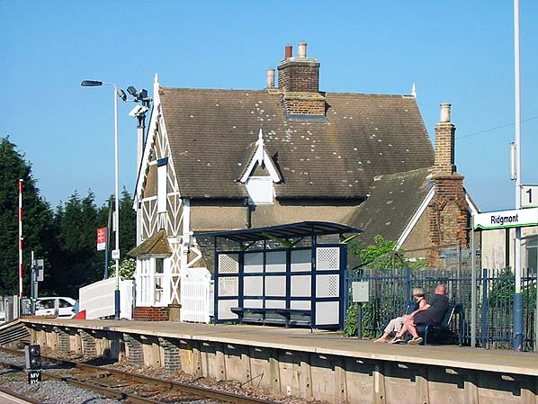 disused stations ridgmont station. Black Bedroom Furniture Sets. Home Design Ideas