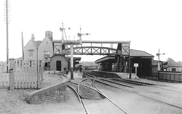 Ringwood Railway Station Photo Holmsley to West Moors and Christchuch. 2