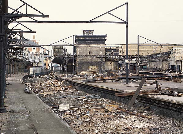 Disused Stations Sheffield Victoria Station