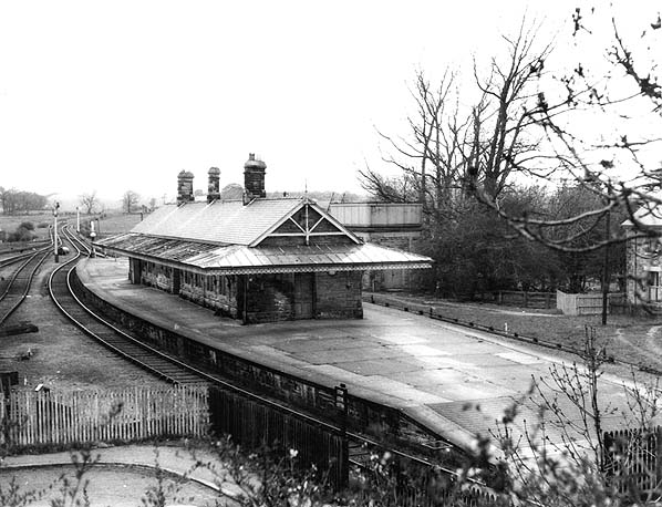Disused stations whittingham station for Classic house bass lines