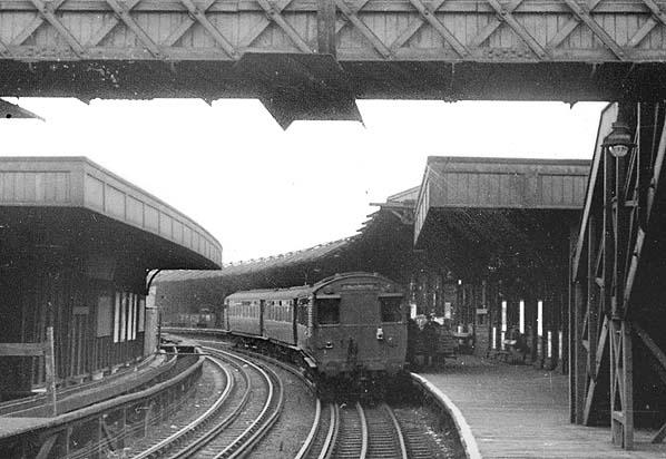 richmond bound train announces - 598×412